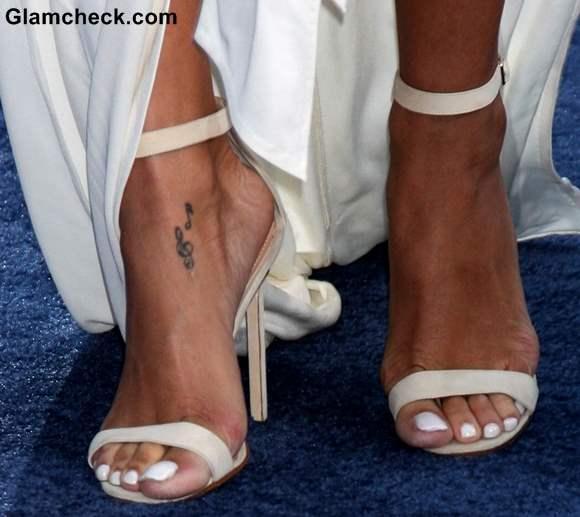 abbastanza Quanto costa un tatuaggio oggi: idee, significati, per uomo e donna WG97