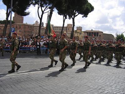 carabinieri paracadutisti tuscania