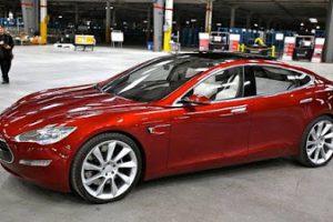 Auto elettriche Tesla, Google, Apple