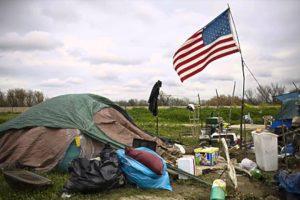 Quanti poveri ci sono in Italia, in Europa rispetto agli Stati Uniti