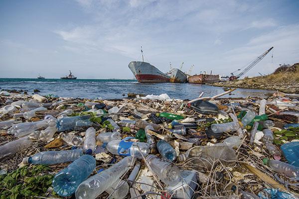 soluzioni al problema dell'inquinamento della plastica in mare