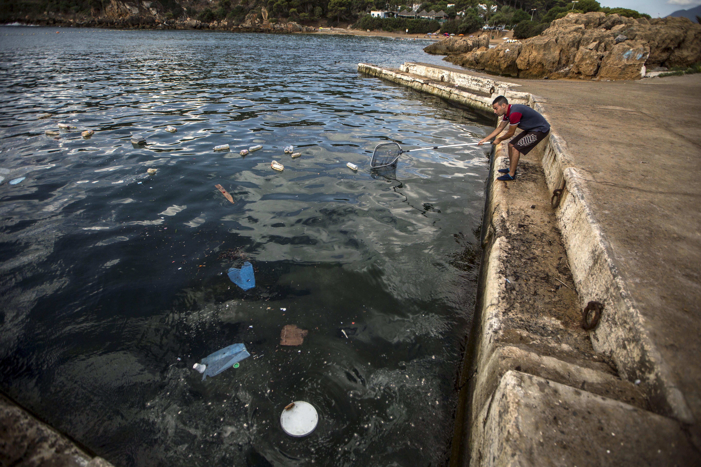 cosa fare per l'inquinamento della plastica negli oceani