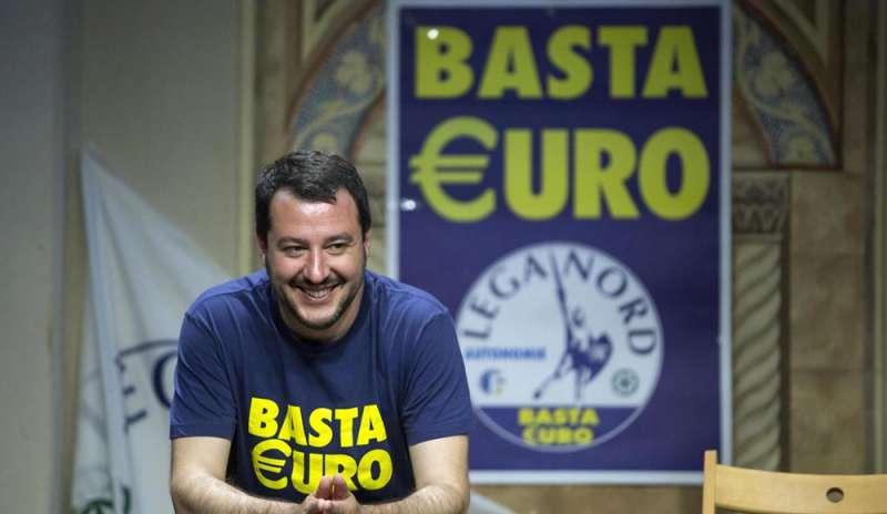 salvini vuole far uscire l'italia dall'euro