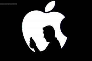 Apple: meno Profitti e meno iPhone venduti ma sale in Borsa, perchè?