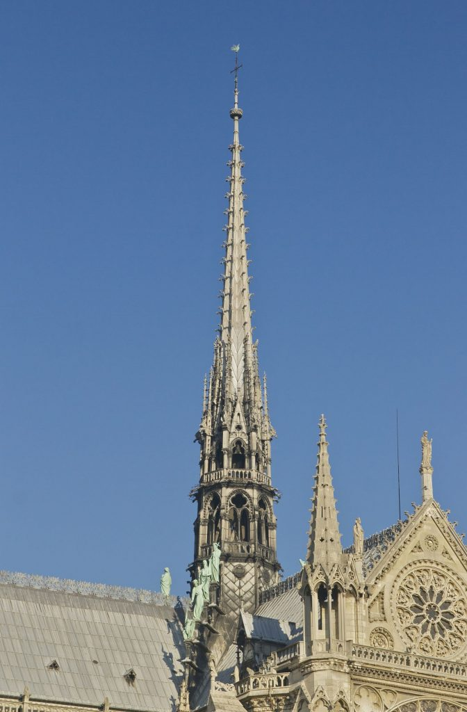 cattedrale di notre dame guglia