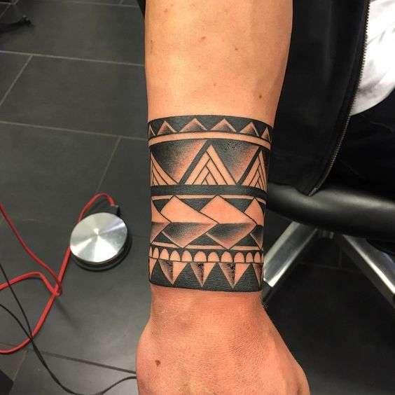 tatuaggio polso prezzo